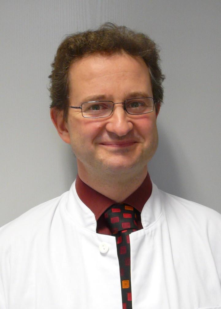 Dr. rer. nat. Holger Knoth