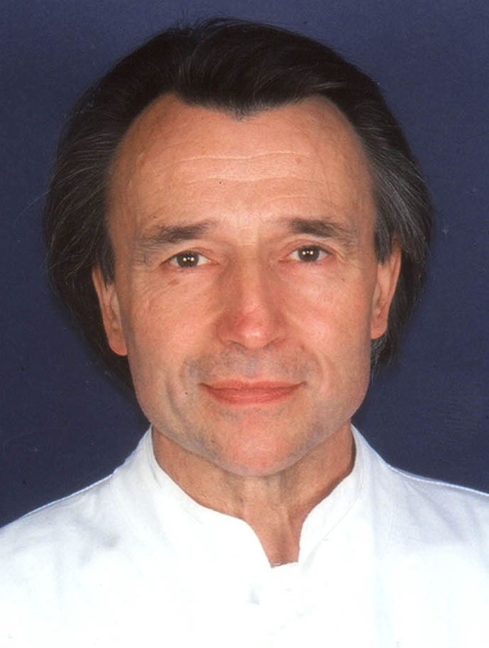 Prof. Wozel