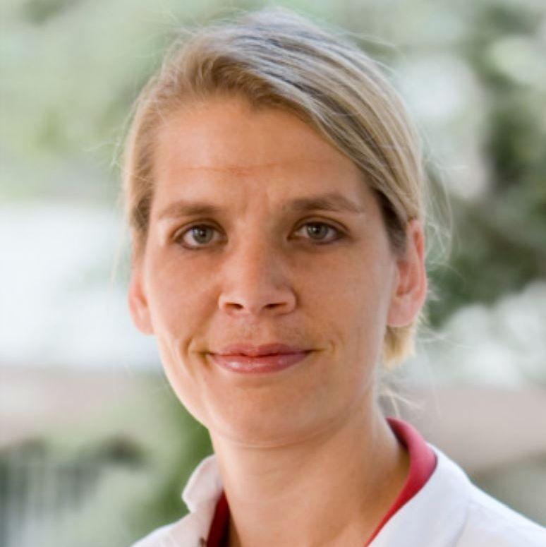 Frau Dr. Goeckenjan