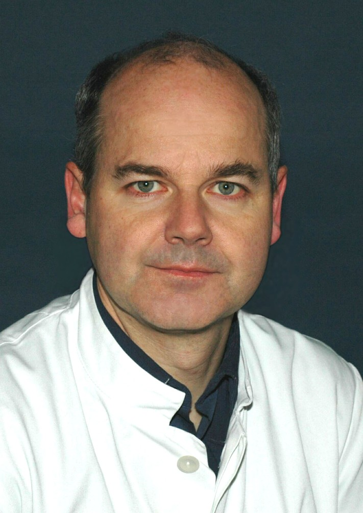 Prof. Dr. med. Ralf Knöfler