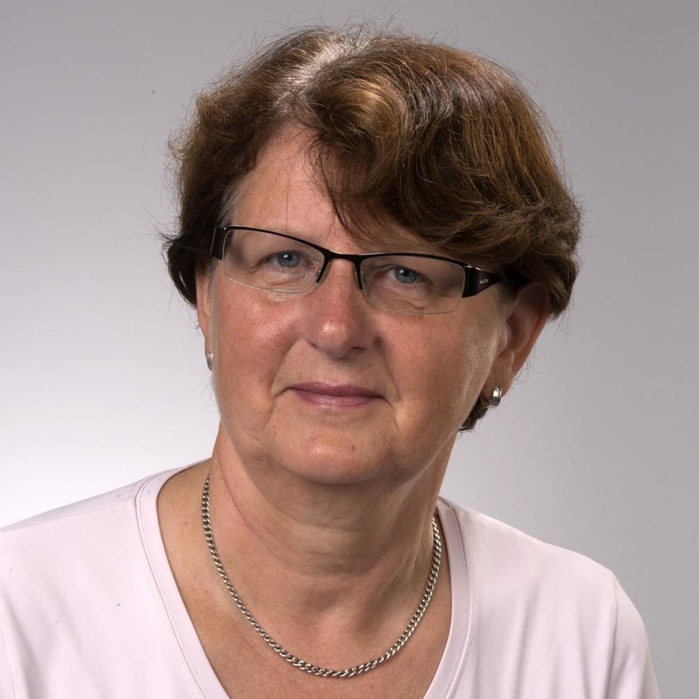 Paessler Elisabeth 2014-0902-2603 b.jpg