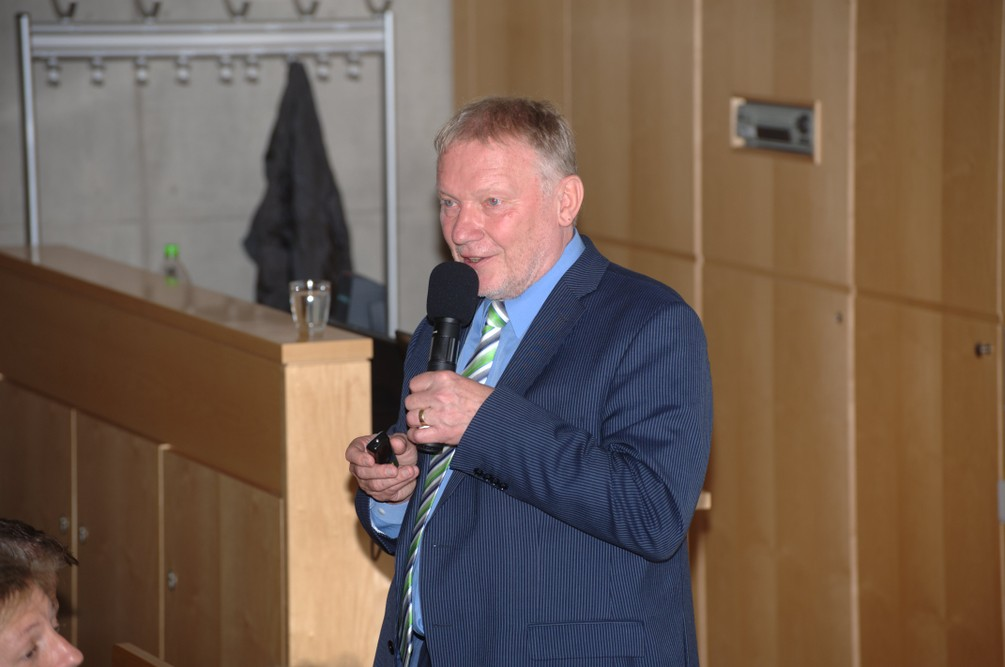 Prof. Wocken