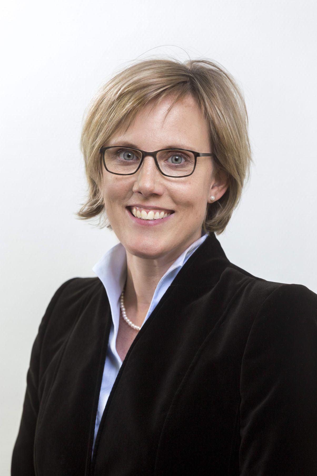 Prof. Dr. Dr. Esther Troost