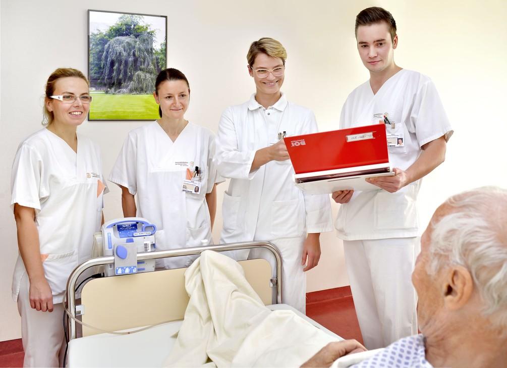 Team am Patientenbett_S2