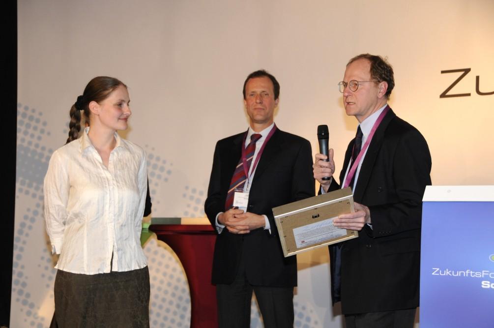 Preisverleihung im Rahmen einer Veranstaltung der Firma Janssen-Cilag in Frankfurt (8. Mai 2010)