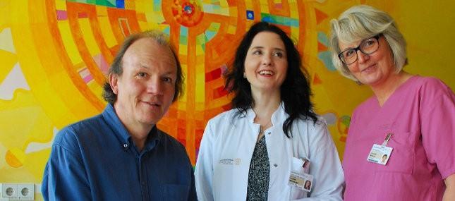 Künstler bringt den Zauber der Mandalas in die Uni-Frauenklinik