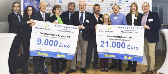 9. Dresdner Benefiz-Regatta spielt 50.000 Euro für Krebspatienten ein