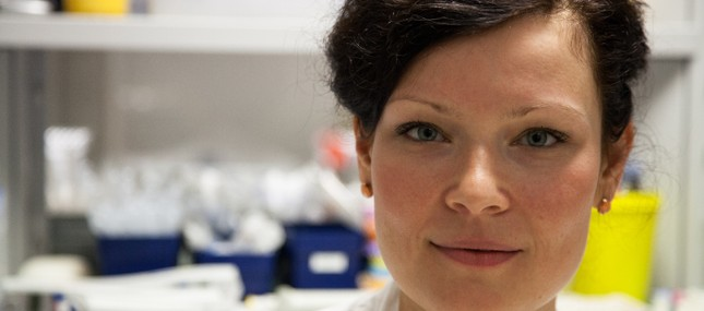 Nachwuchswissenschaftlerin erneut für MS-Forschung ausgezeichnet