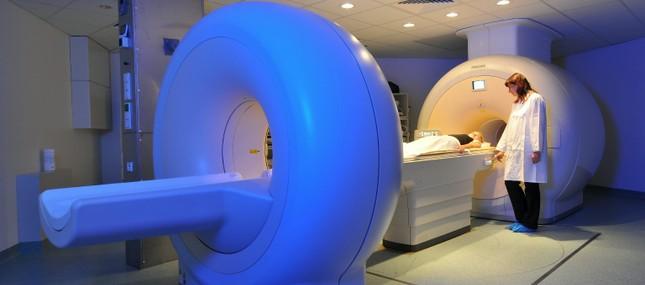 Nuklearmedizin - Mit strahlenden Molekülen innovativ diagnostizieren und behandeln
