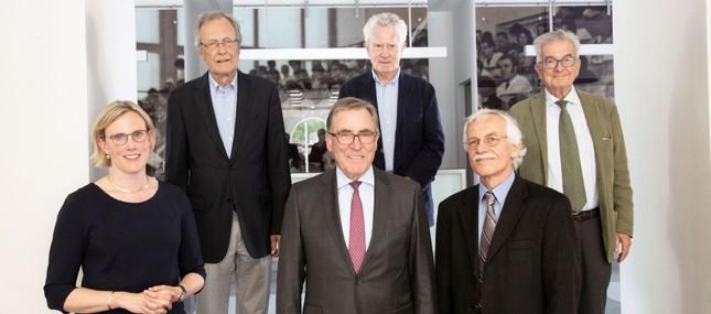 Stiftung Hochschulmedizin Dresden mit neuem Vorstand