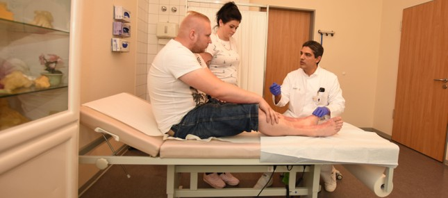 Uniklinikum komplettiert mit neuer Professur chirurgisches Spektrum