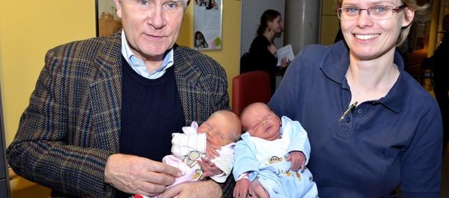 21. Dezember 2011: Yara Lilith und Hendryk Richard sind 100. Geschwisterpärchen des Jahres