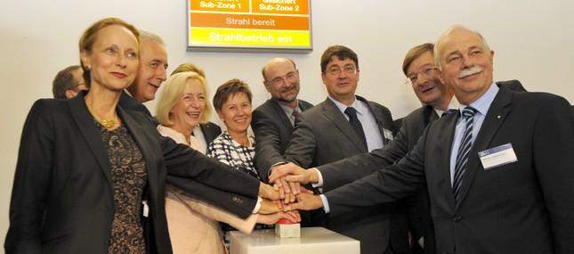 17. September 2013: Neues Domizil für exzellente Forschung - OncoRay-Gebäude feierlich eingeweiht