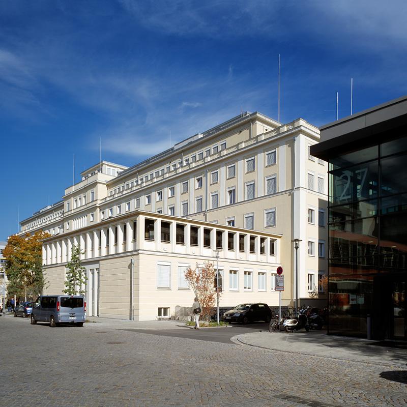 DINZ - Haus 19
